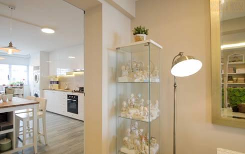 Pandan Garden Renovation: classic Living room by Designer House