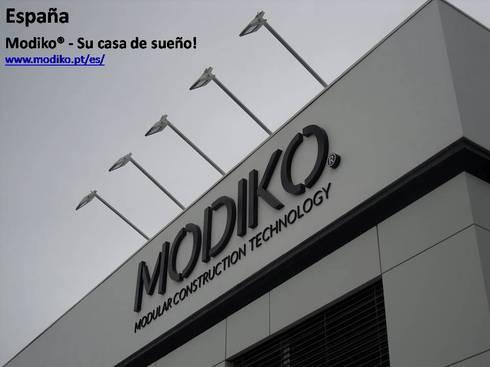 MODIKO – Construção Modular : Casas modernas por Modiko Estruturas de Construção, Lda