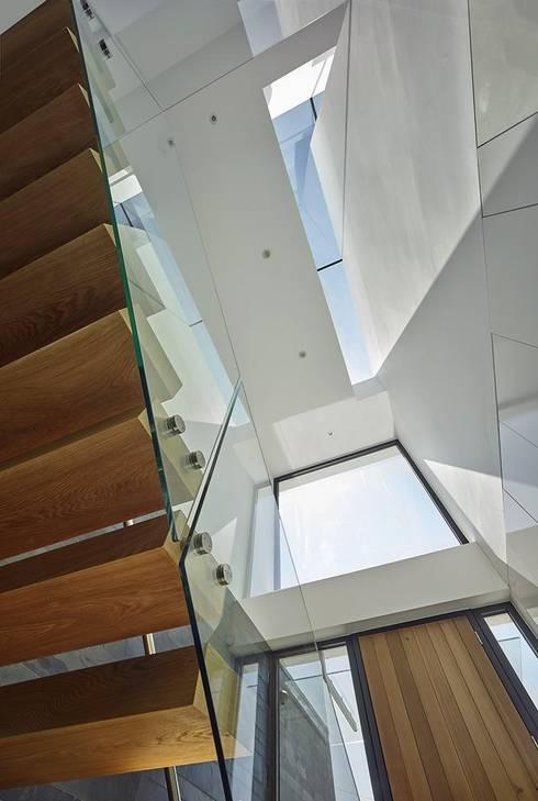 Gang en hal door Andrew Wallace Architects