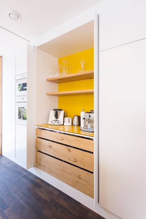 gelbe k che von loft 78 gmbh homify. Black Bedroom Furniture Sets. Home Design Ideas