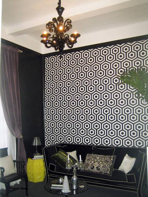 Balmori Decor : Salas de estilo clásico por Erika Winters Design