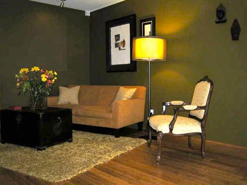 Polanco Decor: Salas de estilo clásico por Erika Winters Design