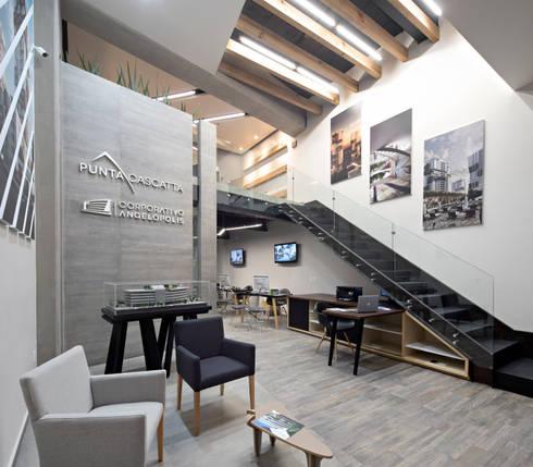Showroom Punta Cascatta - Recepción: Oficinas y tiendas de estilo  por MX Taller de Arquitectura & Diseño