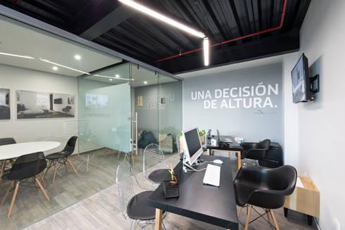 Showroom Punta Cascatta - Ventas: Oficinas y tiendas de estilo  por MX Taller de Arquitectura & Diseño