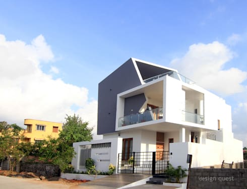 Gowrishankar Residence:  Terrace by Design Quest Architects