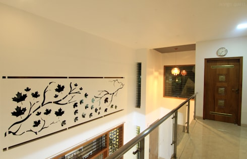 Gowrishankar Residence:  Walls by Design Quest Architects