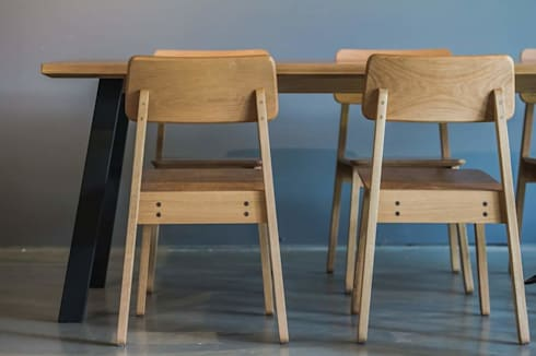 SIM dinning set: modern Dining room by EMOH Modern Furniture Store HK