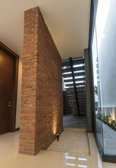 Paredes de estilo  por 2M Arquitectura