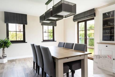 am nagement complet d 39 un rez de chauss e ecaussinnes by marie 39 s home homify. Black Bedroom Furniture Sets. Home Design Ideas