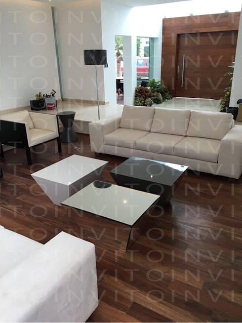 Mesas de centro pitágoras: Salas de estilo minimalista por INVITO