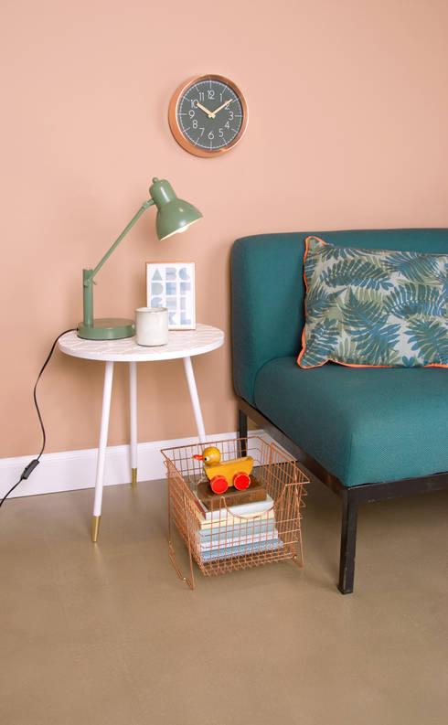 Clocks:  Living room by EMOH Modern Furniture Store HK