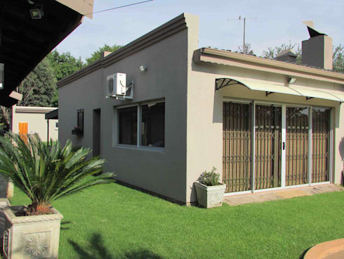 Extentions and Renovations: modern Houses by DG Construction