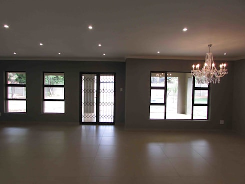 House Alterations, Internal Refurbishment and Extentions: minimalistic Living room by DG Construction