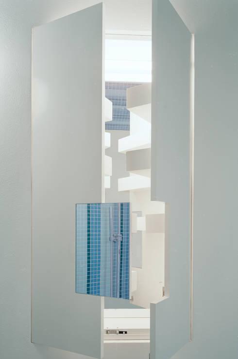 bathroom furniture: modern Bathroom by brandt+simon architekten