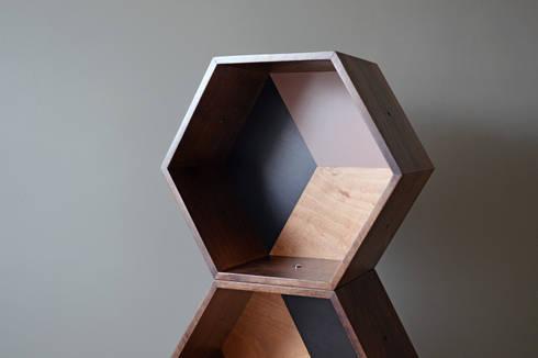 PANAL ON WOOD: Recámaras de estilo moderno por APOTEMA Estudio de Diseño