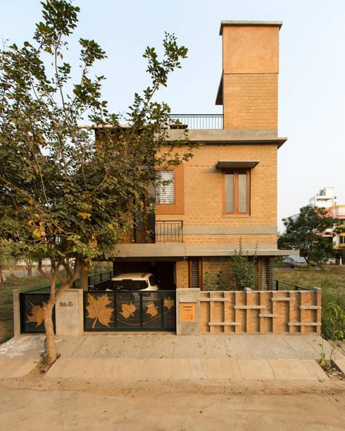 Casas de estilo  por A3 Ateliê Academia de Arquitectura
