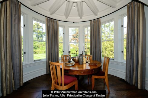 Dining:  Patios & Decks by John Toates Architecture and Design