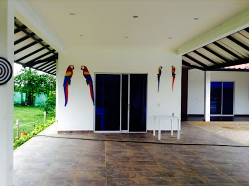 Casa Campestre - salon de eventos: Salas de estilo tropical por ARQUITECTOnico