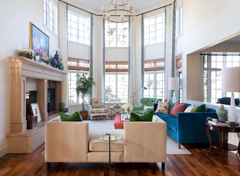 Belcaro Beauty: classic Living room by Andrea Schumacher Interiors