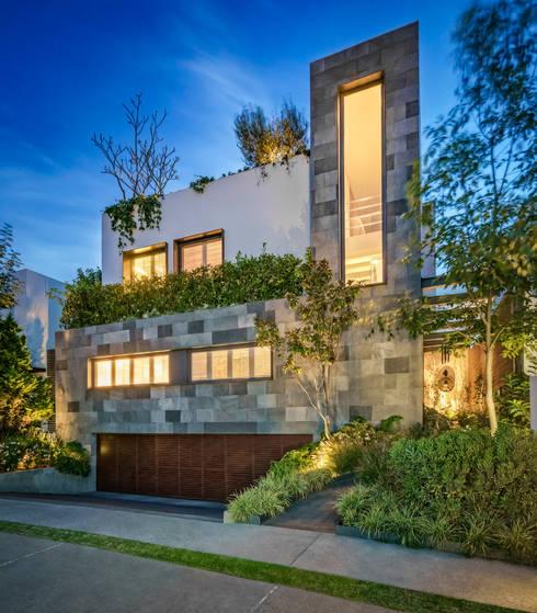 Casa CSF: Casas de estilo clásico por Lopez Duplan Arquitectos
