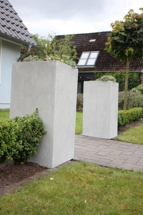 pflanzk bel beton von vivanno homify. Black Bedroom Furniture Sets. Home Design Ideas