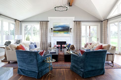Elegant Modern and Timeless: classic Living room by Andrea Schumacher Interiors