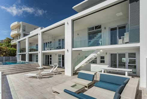 House Camps Bay - Babett Frehrking Architect: modern Houses by Babett Frehrking Architect