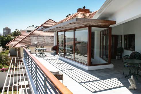 House Cape Town - Babett Frehrking Architect: classic Houses by Babett Frehrking Architect