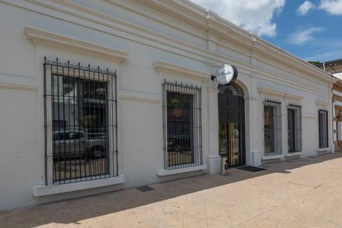 El Presidio Casa Bon : Casas de estilo moderno por Germán Velasco Arquitectos