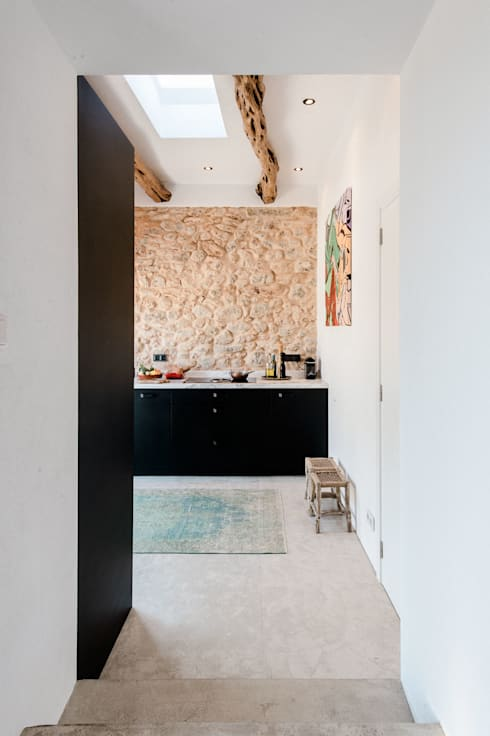 Cocinas de estilo  por Ibiza Interiors - Nederlandse Architect Ibiza
