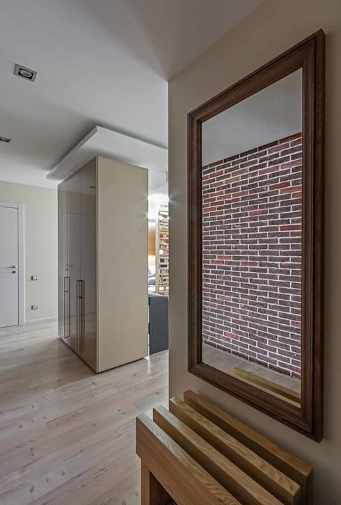 Corridor & hallway by EUGENE MESHCHERUK   |  architecture & interiors