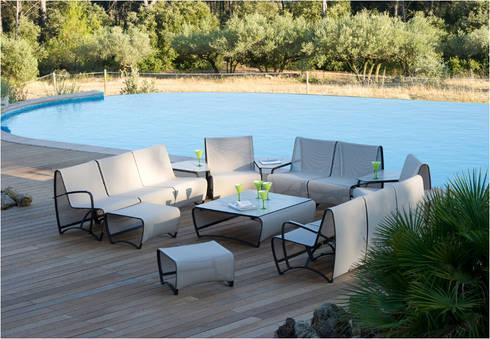ESCUADRA JEAT STREAM : Balcones y terrazas de estilo minimalista por SINDO OUTDOOR