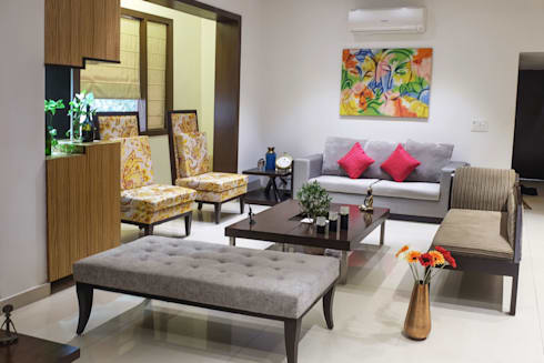 Chand Residence: modern Living room by StudioEzube