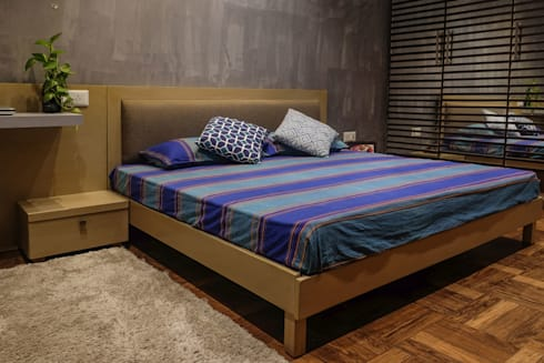 Chand Residence: modern Bedroom by StudioEzube