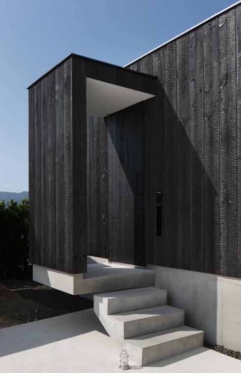 房子 by ハルナツアーキ
