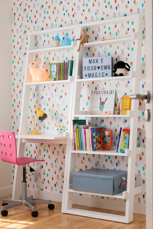 Moradia em Cascais: Quartos de criança modernos por Traço Magenta - Design de Interiores