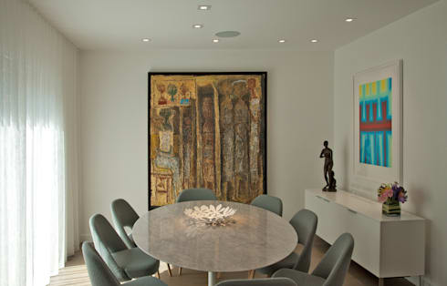 Georgetown Dining Room Lighting : modern Dining room by Hinson Design Group