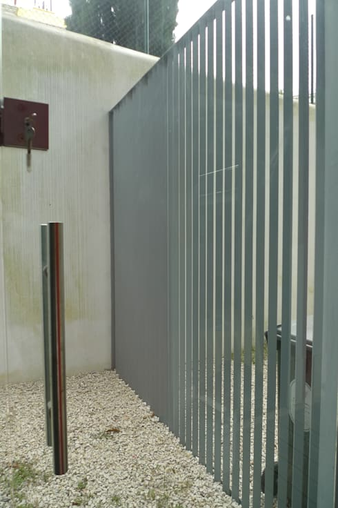 Logradouro ARH: Jardins de Inverno minimalistas por QFProjectbuilding, Unipessoal Lda