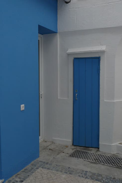 Casas clássicas por QFProjectbuilding, Unipessoal Lda