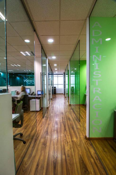 Thermomix: Estudios y oficinas de estilo moderno por DIN Interiorismo