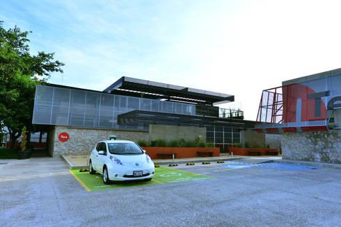 Edificio Giga:  de estilo  por HADVD Arquitectos