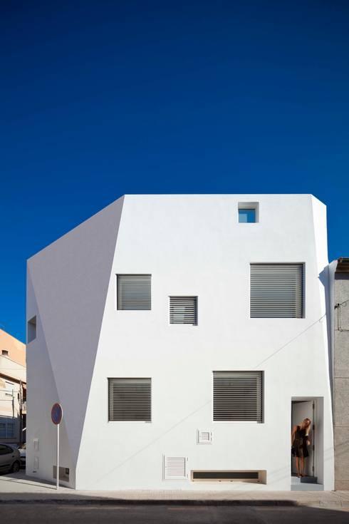 Casas de estilo minimalista por RM arquitectura
