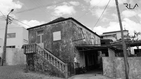 A01.House in Freamunde.09.15_:   por RLA | RICHARD LOUREIRO ARCHITECTS