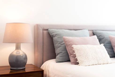 Super Cozy: Quartos modernos por Filipa Cunha Interiores