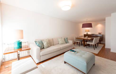 Super Cozy: Salas de estar modernas por Filipa Cunha Interiores