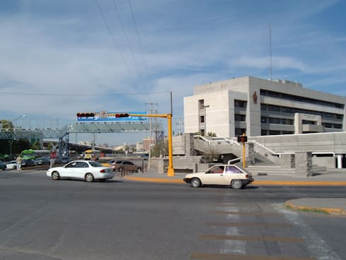Propuesta de Renovacion Urbana del Centro de Ciudad Juarez:  de estilo  por Atelier X