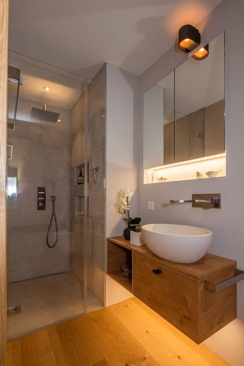 Interesting Badezimmer Im Modernen Alpenstil Moderne Badezimmer Von Baur  Gmbh With Einrichtung Alpenstil