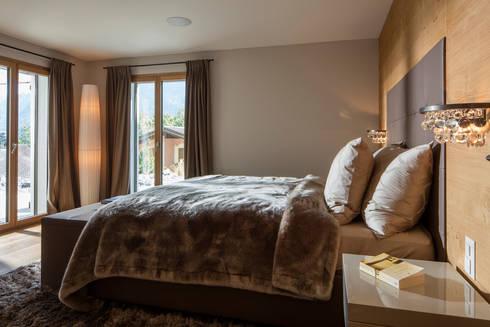 modern gestaltetes schlafzimmer aus holz - Schlafzimmer Modern Aus Holz