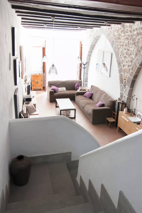 Projekty,  Salon zaprojektowane przez Ismael Belles Interiorismo