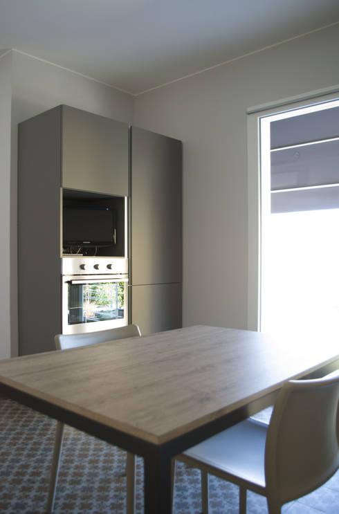 VV_LAD: Cucina in stile in stile Moderno di LAD studio